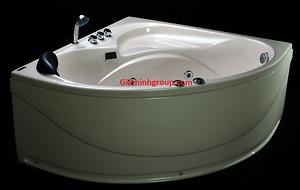 Bồn tắm massage Micio MMA 125MT chất liệu Acrylic trắng