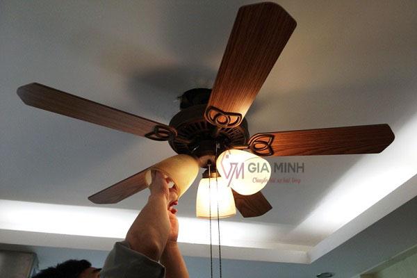 Lắp quạt trần đèn phòng khách ra sao là đúng cách